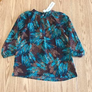 Ladies Cavender's Top. New with tags Size small.